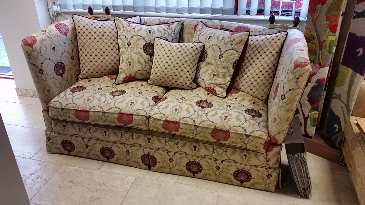 Knole Sofa Ex Display Furniture Sale The Designer Sofa