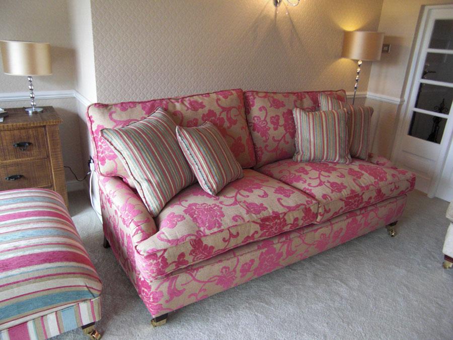 Long Eaton Sofas: Modern And Flexible. Sofas